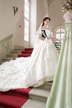 Empress sissi style  kaiserin Elisabeth  Romy Schneider as Empress Sissi  Princess Dress