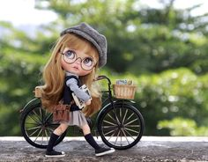 放学啰~ #blythe #blythedoll #blythephotography #blythelove #blythephoto #blythedolls #blytheaday #mzzdoll Cute Cartoon Pictures, Cute Cartoon Girl, Beautiful Barbie Dolls, Pretty Dolls, Dibujos Anime Chibi, Cute Girl Drawing, Cute Baby Dolls, Doll Painting, Cute Cartoon Wallpapers