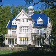 Villa Wassenaar - blue and white