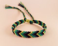 Free shipping Handmade Colorful Knotted Friendship Bracelet by