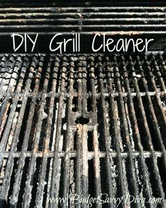 Other Great Tips! How to Remove Grease and Oil From Clothing How to Make Fabric Softener Sheets How to Clean a Toilet with Coke Use Mayonnaise to Remove Water Marks on Wood DIY Cleaner Diy Grill, Bbq Diy, Bbq Grates, Clean Grill Grates, Bbq Cleaner, Grease Cleaner, Diy Cleaners, Cleaners Homemade