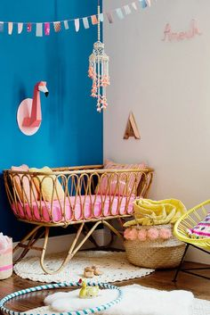 How adorable is this rattan decorated baby nursery?!