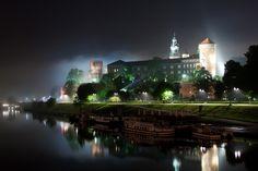 Wawel Castle in Krakow, Poland Desktop Photos, Visit Poland, Castle Pictures, Header Pictures, Krakow Poland, Europe, World Images, Hd Backgrounds, Wallpapers