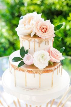Via We love the quite elegance of this semi-naked cake created by When it comes time to design your wedding cake what MUST it have? Share your vision with us in the comments below! Blush Pink Wedding Cake, Big Wedding Cakes, Floral Wedding Cakes, Blush Pink Weddings, Beautiful Wedding Cakes, Beautiful Cakes, Green Weddings, Wedding Desserts, Old Rose Wedding
