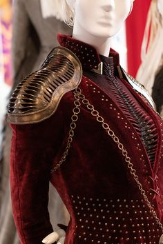 2019 Emmy Best Costume Designs, Nominated TV Shows: Photo Gallery – Footwear News Got Costumes, Theatre Costumes, Best Costume Design, Game Of Thrones Costumes, Mode Costume, Clothing Sketches, Casual Outfits, Fashion Outfits, Costume Collection