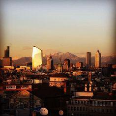 #Milano #skyline #lovemilano by milano_mentelocale_it