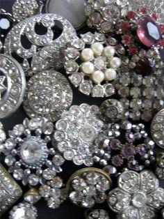 vintage buttons ~ gorgeous!