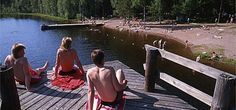 Varvojärvi uimaranta Salo Uimaranta on noin 30 m leveä hiekkapohjainen ranta. Laituri, lasten pieni liukumäki veteen, sauna ja grillikatos, jota uimalan käyttäjät voivat maksutta käyttää sekä wc.  Alueella myös beachvolley kenttä. Pallon saa lainaksi Pirtiltä aukioloaikoina. Osoite Varvontie 487. Opastus: Romsilantieltä viitoitus, josta matkaa jäljellä noin 4,5 km. Saunan vuokraus mahdollisuus. Finland, Beautiful, Drawing Rooms