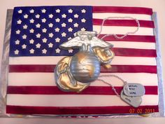 Marine Cake This is a cake that I made for a friend whose son just graduated from Marine boot camp Usmc Birthday, Marine Corps Birthday, Marine Corps Cake, Marine Graduation, Marines Boot Camp, Military Cake, Military Party, Welcome Home Parties, Dad Cake