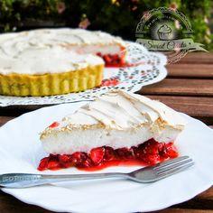Tarta truskawkowa z bezą | Świat Ciasta