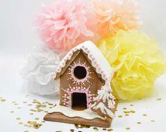 Lebkuchenhaus Bau-Set Bird, Outdoor Decor, Home Decor, Tiny House Cabin, Ginger Beard, Paper Board, Christmas, Decoration Home, Room Decor