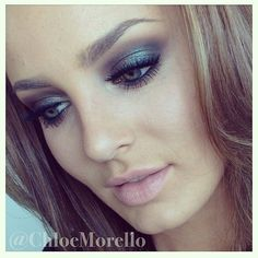 Chloe Morello mac blue brown pigment