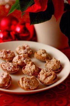 Suklaapossu: Kinkku- ja tonnikalatäyteet ruissipseille Cereal, Snacks, Cookies, Baking, Breakfast, Desserts, Food, Drinks, Tapas Food