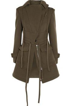 ALEXANDER MCQUEEN Wool-felt jacket. #alexandermcqueen #cloth #jackets