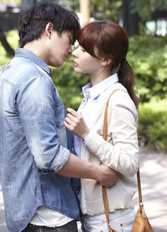 My PS partner. Ji Sung como Seung y Kim Ah Joong como Jung. Nota como pareja: 8/10.