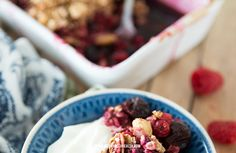 Forest fruit crumble - In Love With Health