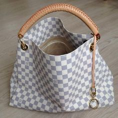 Louis Vuitton Purse #Louis #Vuitton #Handbags