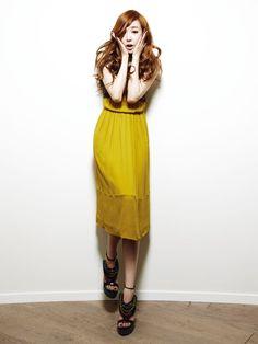 SNSD Tiffany Burberry Bazaar