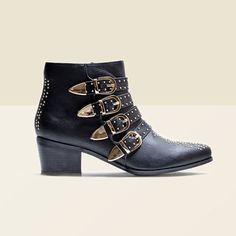 Boots multibrides cloutées noires style rock >> http://ptilien.fr/VPVM #boots #bottines #chaussures