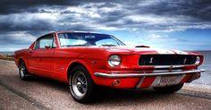 Ford Mustang on Felixstowe beach - http://newsfordmustang.com/ford-mustang-felixstowe-beach-1238