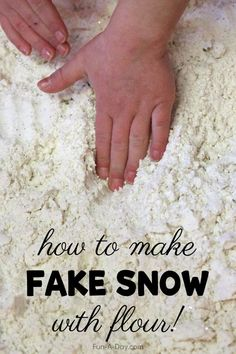 Learn how to make fake snow with flour and corn starch! Perfect for a winter-themed sensory bin or as part of your preschool Arctic theme. Early Learning Activities, Animal Activities, Sensory Activities, Winter Activities, Activities For Kids, Snow Theme, Winter Theme, Sensory Bins, Sensory Play