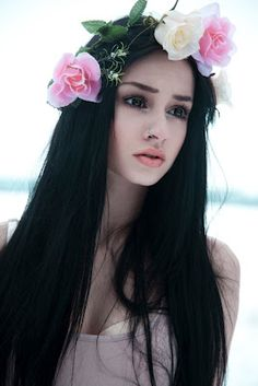 girl, felice fawn, and flowers image Black Brown Hair, Dark Hair, Steam Punk, Manic Panic Hair Color, Festivals, Felice Fawn, Grunge, Doe Eyes, Kawaii