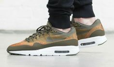 Nike Air Max 1 Ultra Flyknit Olive 843384-300 (2)