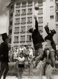 Copacabana Beach, Rio de Janeiro Brazil, 11 de dezembro de 1949.