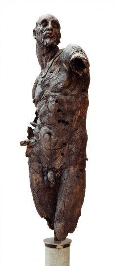 Escultura de Javier Marín en bronce. Javier Marín's bronze sculpture. Escultura contemporánea. Contemporary sculpture. Figura humana. Human form. Bronce a la cera perdida. Lost #Javiermarinescultor javiermarin.com.mx » BRONCE