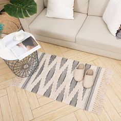 Best Farmhouse Rugs! Discover the top-rated farm style area rugs and rustic area rugs for your home. We absolutely love the country rugs that are listed in our store and you will love them too. Rustic Area Rugs, Farmhouse Area Rugs, Farmhouse Style Bedrooms, Farmhouse Decor, Moroccan Bathroom, Bathroom Rugs, Laundry Room Rugs, Kitchen Curtains, Country Rugs