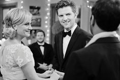 I keep seeing Leslie Knope's and Ben Wyatt's wedding pictures - dying to see the new episodes! Love her lace dress (and that it's short :) Parks And Recreation Ben, Leslie And Ben, Parks And Rec Memes, Parcs And Rec, Ben Wyatt, Parks Department, Leslie Knope, Interracial Couples, I Like You