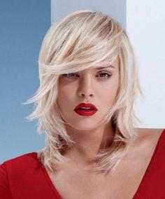 Trendiest Medium Hairstyles for Women (21)