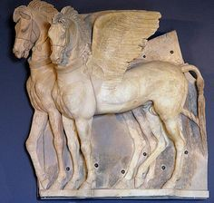 Ancient Etruscan Civilization horse art sculpture of two horses in harness. Ancient Rome, Ancient History, Art History, Winged Horse, Art Antique, Art Carved, Horse Sculpture, Equine Art, Ancient Artifacts