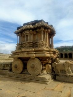 We can see the remainings of the powerful Chalukya dynasty ruled between and centuries. Chalukya Dynasty, Jungle Pictures, Canvas Tent, Hampi, Jungle Safari, Tourist Spots, 12th Century, Karnataka, East Africa