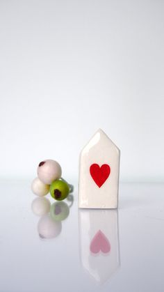 Valentines home decor - Beige ceramic houses with cracks - RED HEART - Minimalist  White Glazed Ceramics Sculptures For Desk or Shelf