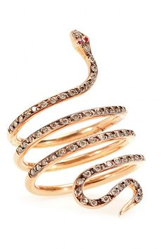 20 Unique Rings For The Offbeat Bride #refinery29  http://www.refinery29.com/unique-engagement-rings#slide11