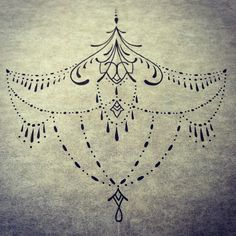 Tatuagem abaixo do peito