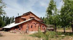 EcoHostel feito de terra, em Malargüe, Mendoza, Argentina