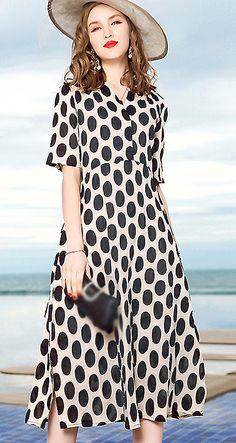 Fashion V-Neck Short Sleeve Dot Print A-Line Dress
