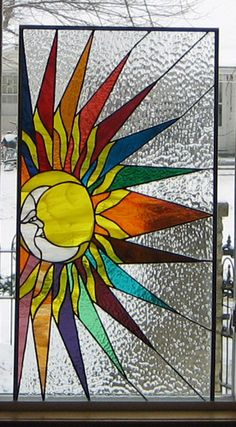 Stained Glass Heirlooms: Sun Moon Face/ says Iowa is a fan. Ask Dave, he knows. Faux Stained Glass, Stained Glass Designs, Stained Glass Panels, Stained Glass Projects, Stained Glass Patterns, Leaded Glass, Mosaic Art, Mosaic Glass, Sacred Geometry
