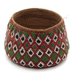 Africa | Beaded wicker basket from Mozambique | Vegetable fiber and glass beads | 20th century