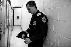 One Officer, in a Sea of Blue, Saying Goodbye - The New York Times