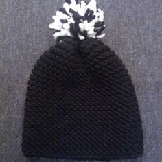 Bonnet noir et blanc