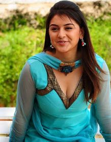 Viewing Actress Hansika Motwani Gallery - Hansika Motwani Hot Cleavage Pictures 01 in Hansika Motwani Gallery. Browse more Photos of Hansika Motwani at Kollywood Zone's Hansika Motwani Image Gallery. Indian Actress Gallery, South Indian Actress, Beautiful Indian Actress, Beautiful Actresses, Beautiful Saree, Hot Actresses, Indian Actresses, Cinema Actress, Stylish Girl Images