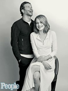 Bradley Cooper Writes Emma Stone's Tinder Profile, Praises Her 'Reptilian Eyes' http://www.people.com/article/bradley-cooper-emma-stone-aloha-tinder