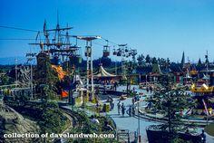 11 Wonderful Former Disney Rides