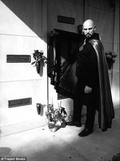 During the actress Jayne Mansfield met Satanist Anton LaVey. Illuminati, Anton, Zeena Lavey, Laveyan Satanism, The Satanic Bible, Satanic Rituals, White Magic, Jayne Mansfield, Ear Jewelry
