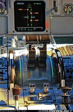Airbus A320 controls