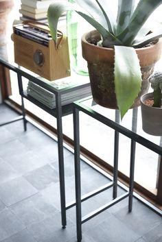 VITTSJÖ Laptoptafel   #IKEA