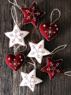 Dark Red Nordic Scandi Style Christmas Heart Decorations, Christmas Tree Decorations, Ornaments, Heart, Red and White Christmas Ornaments Nordic Christmas Decorations, White Christmas Ornaments, Christmas Hearts, Felt Decorations, Felt Ornaments, Christmas Fun, Beaded Ornaments, Beautiful Christmas, Holiday Decor